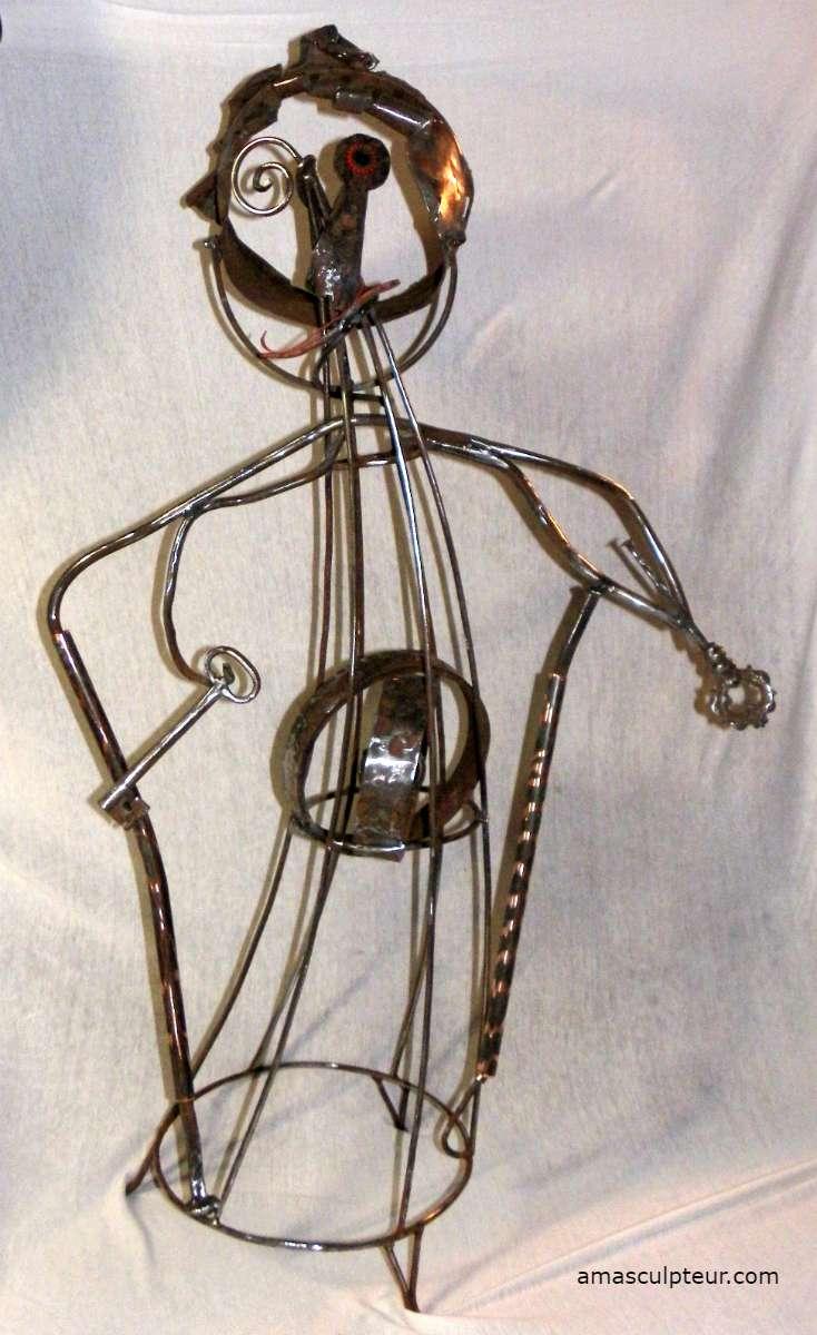 Mamie - sculpture en métal par Ama