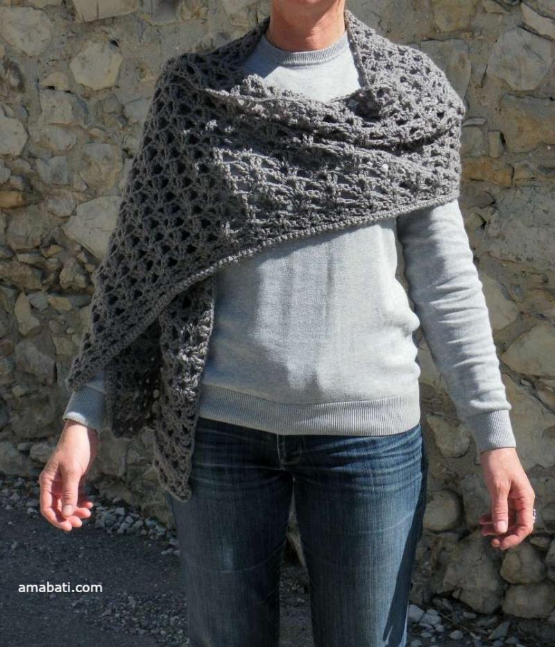 Etole en laine grise par Amabati