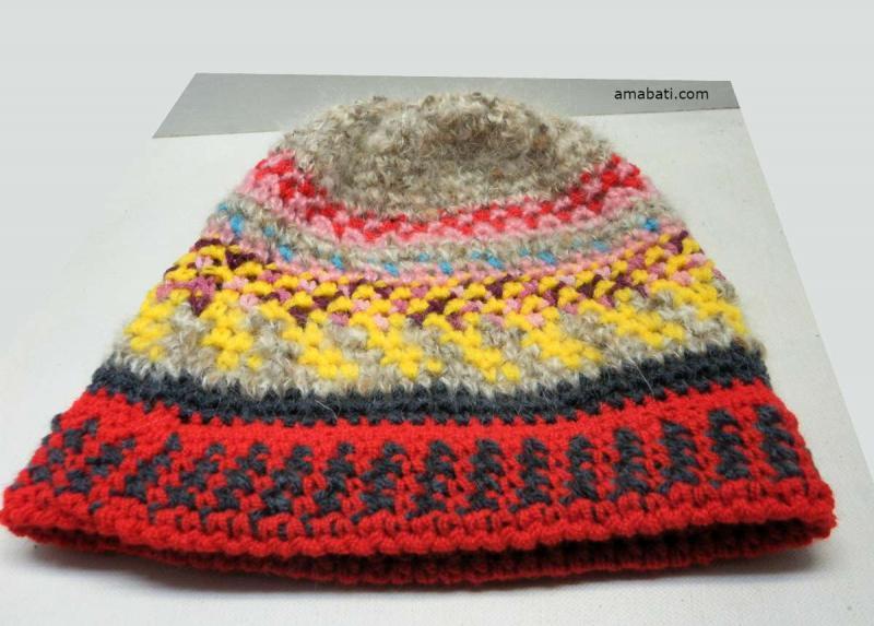Bonnet multicolore  par Amabati