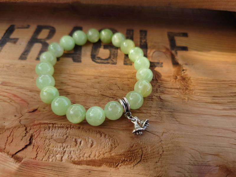 Bracelet fleuri en Jade