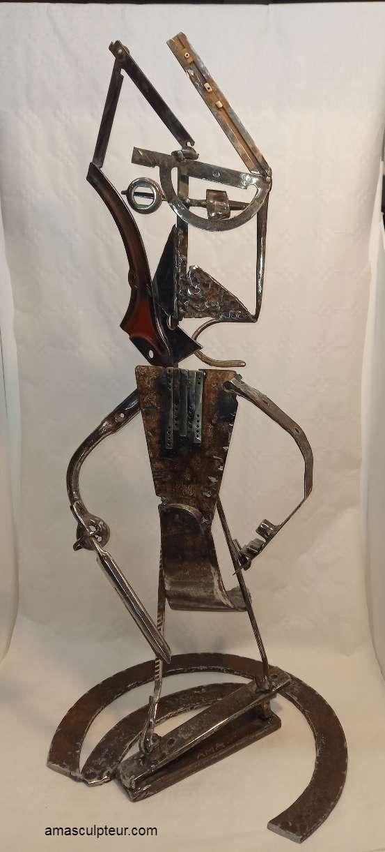 """Sculpture """" Guerrier Perse """" par Ama"""
